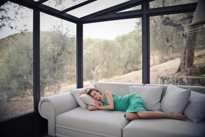 Equipar y acondicionar espacios interiores