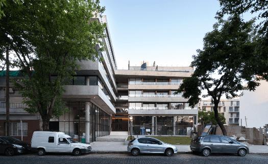 El estudio Abramzon apuesta a la arquitectura autóctona y de calidad
