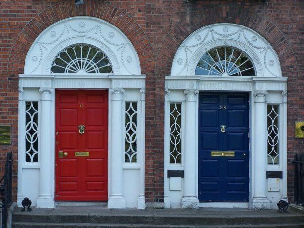 Mejora tu casa con una puerta nueva