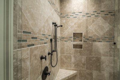 Descubre las ventajas del plato de ducha