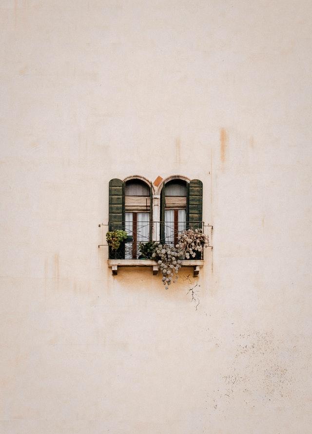 Ventana de arquitectura sostenible