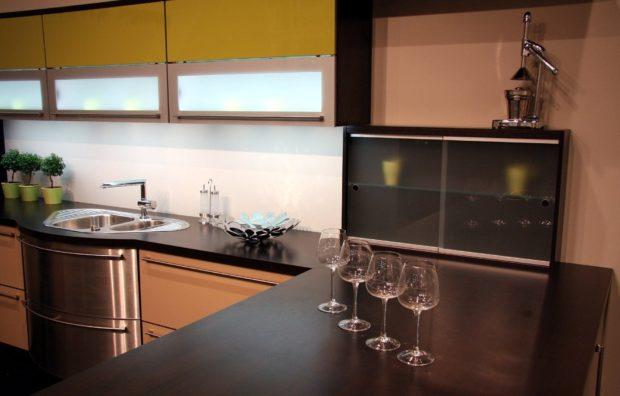 La relación entre las encimeras de cocinas y la decoración